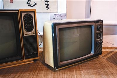 """电视机改革印记:从""""凸面""""到""""凹面"""""""