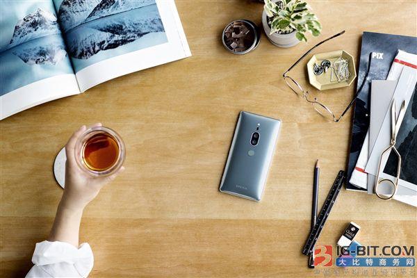外媒评索尼Xperia XZ2 Premium:近年来最重的旗舰手机