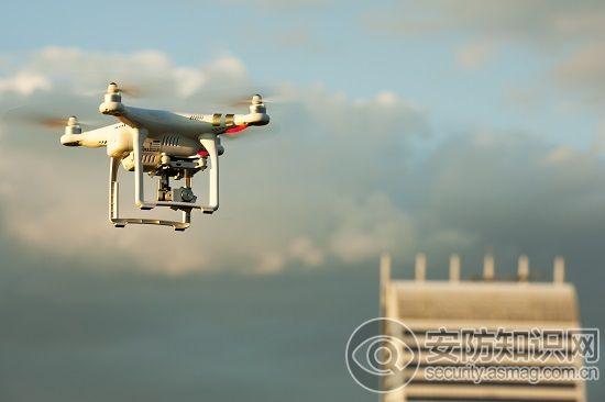 工业无人机行业发展前景预测 预计2022年市场将达527亿元