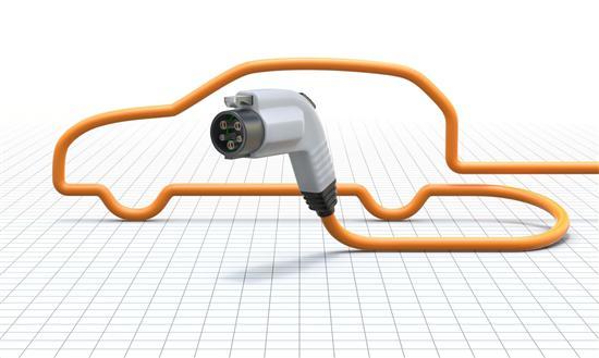 英推进电动车基础设施建设 引进新型充电技术