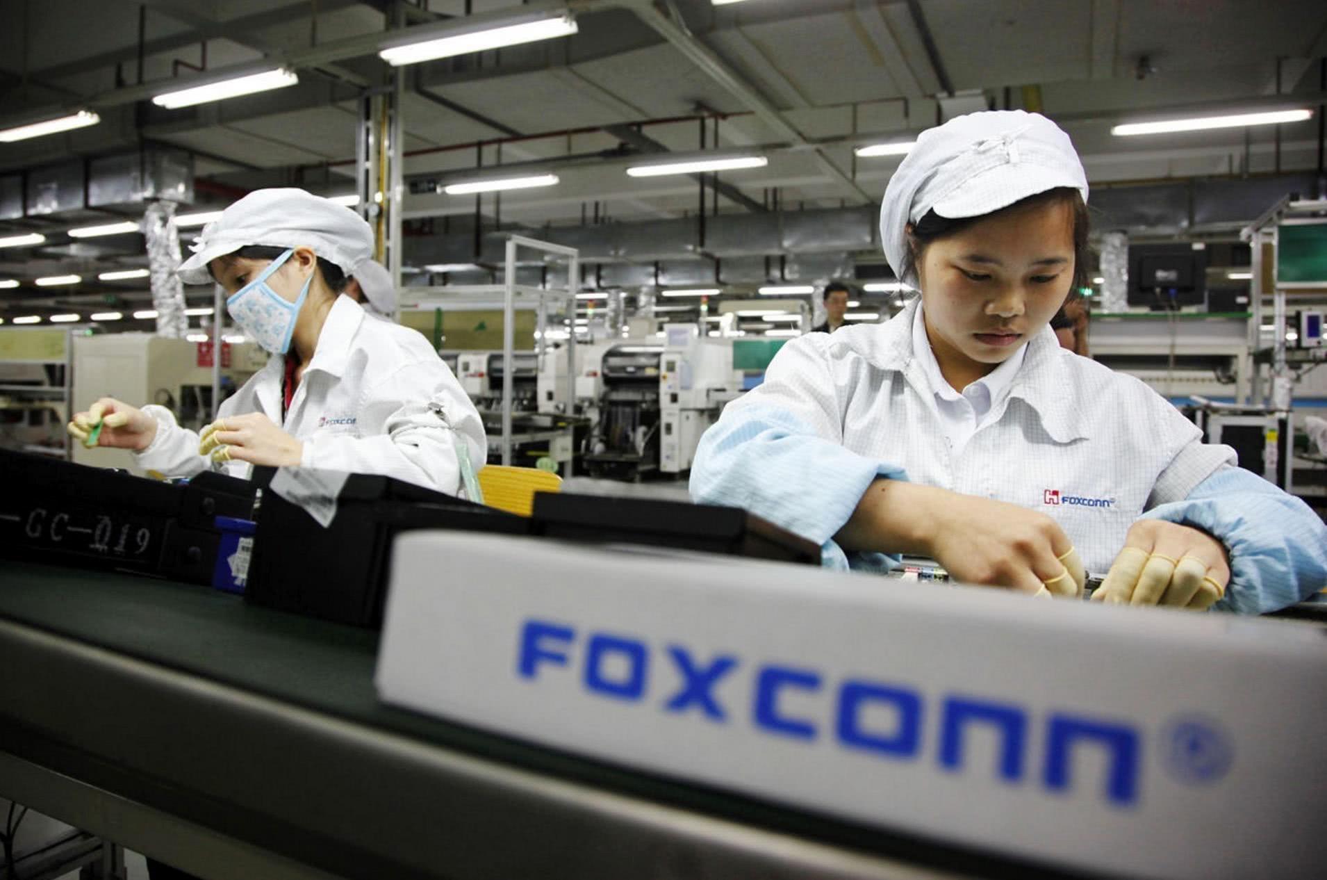 富士康在印度设厂 自动化依然难以取代人工