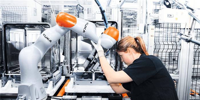 广汽集团向库卡订购了430台工业机器人