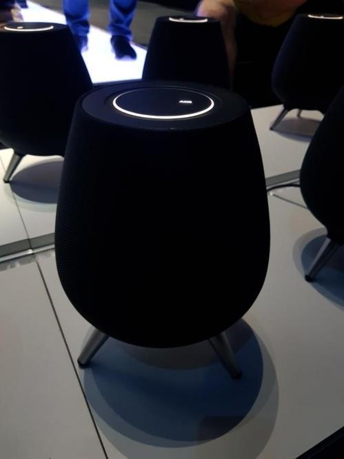 三星电子推出其首款人工智能音箱Galaxy Home