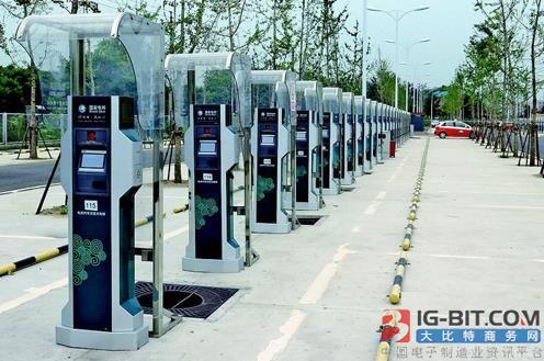 智能化汽车发展浪潮下 充电桩建设的机遇与挑战