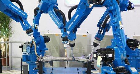 中国工业机器人化水平潜力巨大
