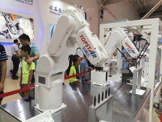 工业机器人发展现状:硬件大同小异 视觉感知绘新蓝图
