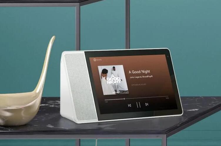 谷歌将发布屏幕版智能音箱:将与亚马逊争夺市场份额