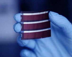 美高校研制双层薄膜太阳能电池 光电转换效率22.4%创纪录