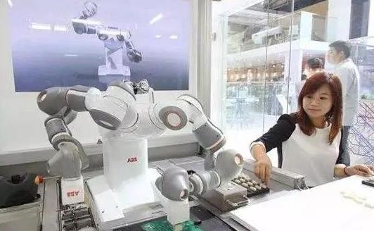 工业机器人与数控机床集成应用 助力智能工厂从概念走向现实