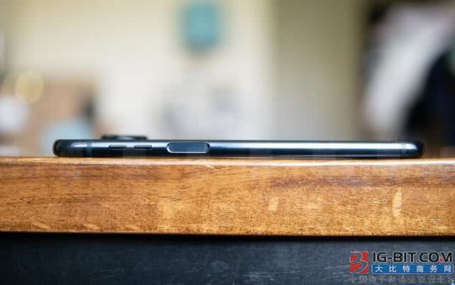 三星下一款智能手机可能会采用侧边指纹扫描仪