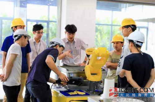 项庄舞剑 碧桂园高调进军机器人产业意欲何为?