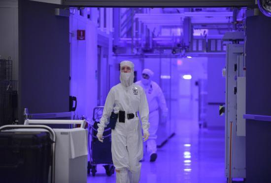 为今后做准备,中韩近几年大建芯片工厂