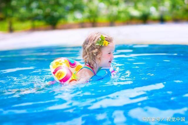 自行式微电机首次在体内游泳