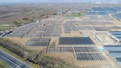 我国光伏发电平价上网为期不远 土地问题成最大困扰之
