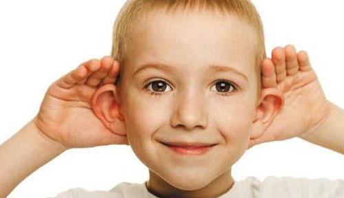 听力损失者获益:BOSE首个非处方助听器获FDA批准