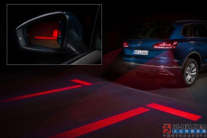 大众打造新一代矩阵式灯:能将信息投影到道路上