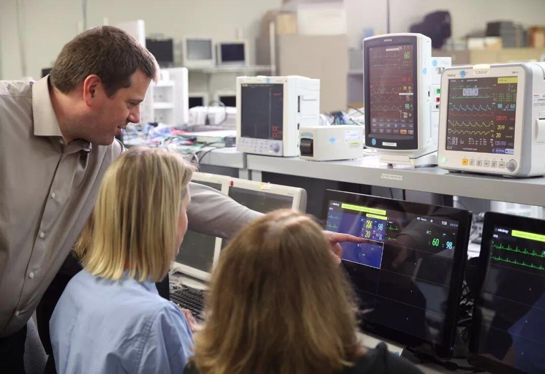 迈瑞医疗上市三日累计上涨65.9% 三叉戟式业务布局支撑高估值