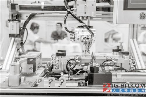 广东工业机器人进化论:从解放双手到智慧大脑
