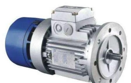 如何修正三相电机的堵转电流和功率?