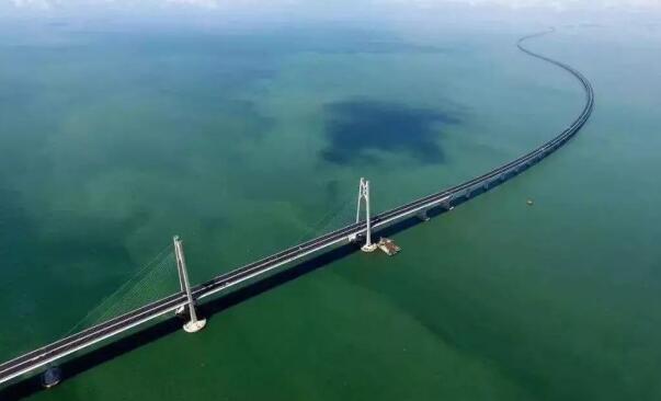 充电桩业务实力突出 易事特护航港珠澳大桥伟大工程