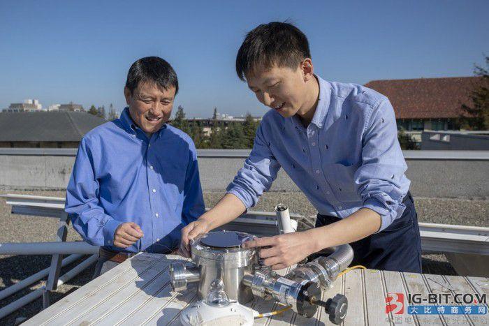 斯坦福大学设计了一套既能冷却建筑物又能发电的太阳能系统