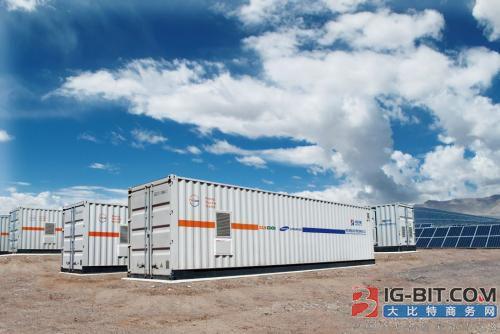 逆变器公司Enphase Energy为数万家庭用户部署储能系统