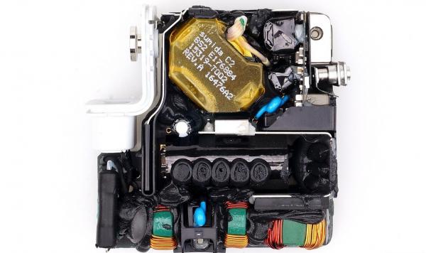5款苹果快充适配器大拆解!电子变压器、电感器都在哪儿?