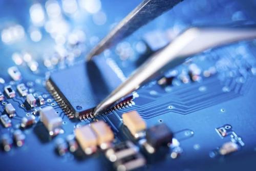 业界观点:明年DRAM价格持稳 NAND有下行压力