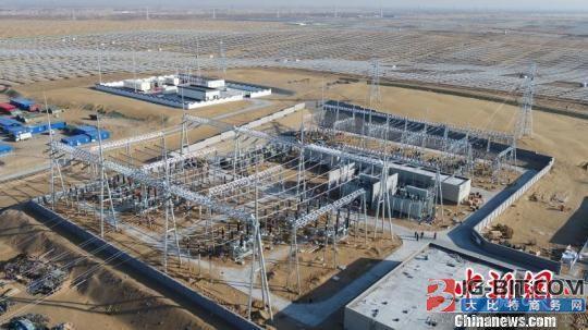 内蒙古最大集中连片光伏基地全容量并网