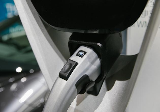 新能源车竞争格局变数多 汽车正面临跨界颠覆
