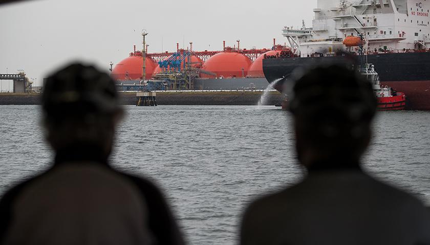 继光伏和动力电池后,富士康将进军LNG物流