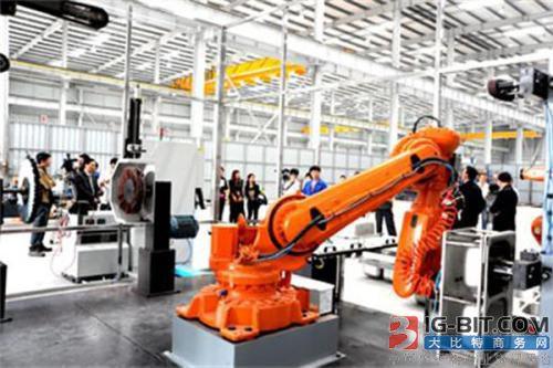 2018年工业机器人市场开启新一轮跑马圈地