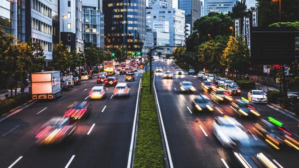 国外一线车企渐涌入新能源汽车   国内政策引导力度加大