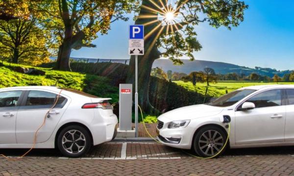 电动和混合动力汽车BMS应如何选择连接器?