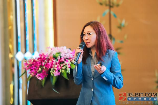 Whole world of ministry of career of sensor of Ams advanced optics carries out vice-president Jennifer Zhao