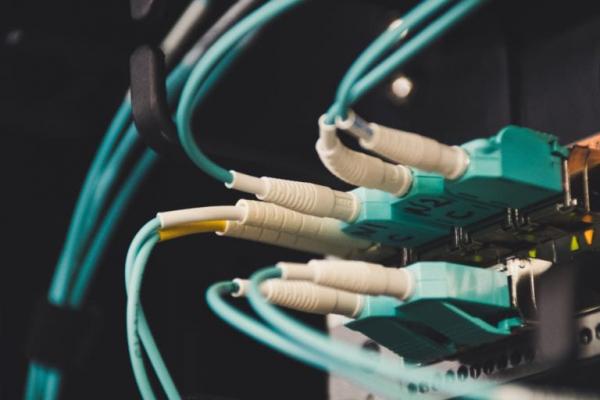 5G网络需要更高要求的电缆和连接器