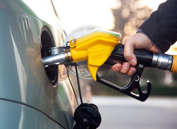 工信部答复禁售燃油车时间表建议 动力电池连接器商机显现
