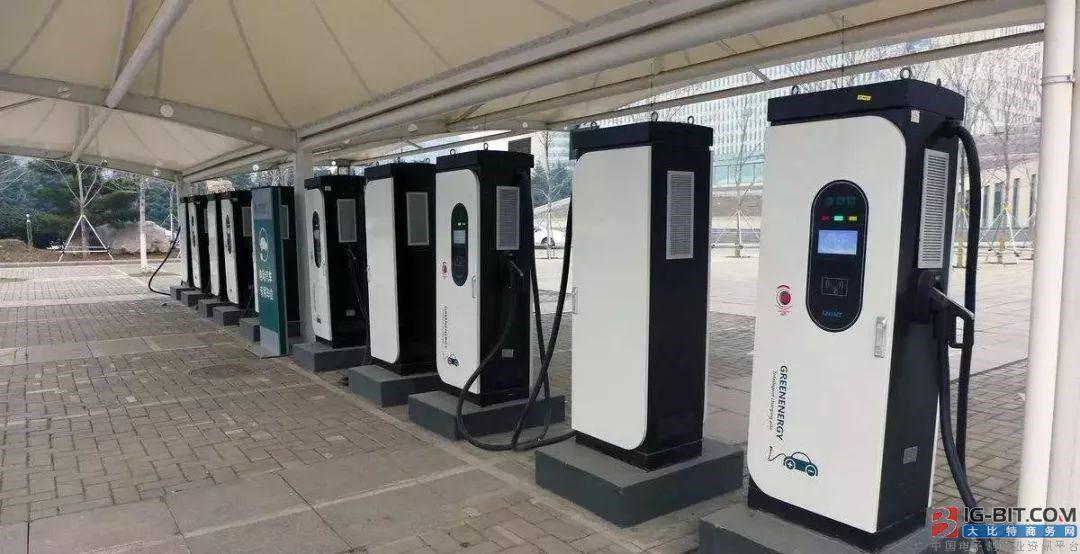 交通运输部:截至去年底 我国服务区投入运营充电站约1800个