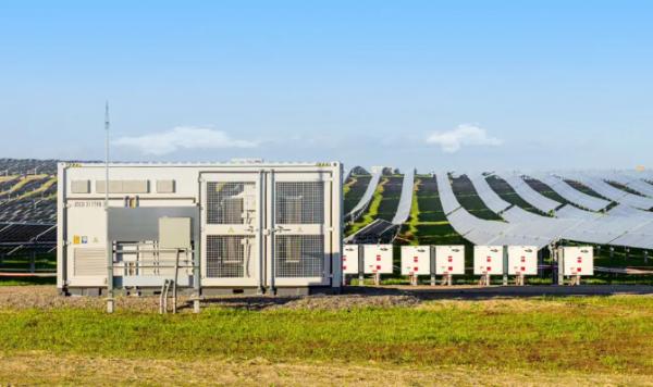 阳光电源助力加州200MW最大CCA项目成功并网