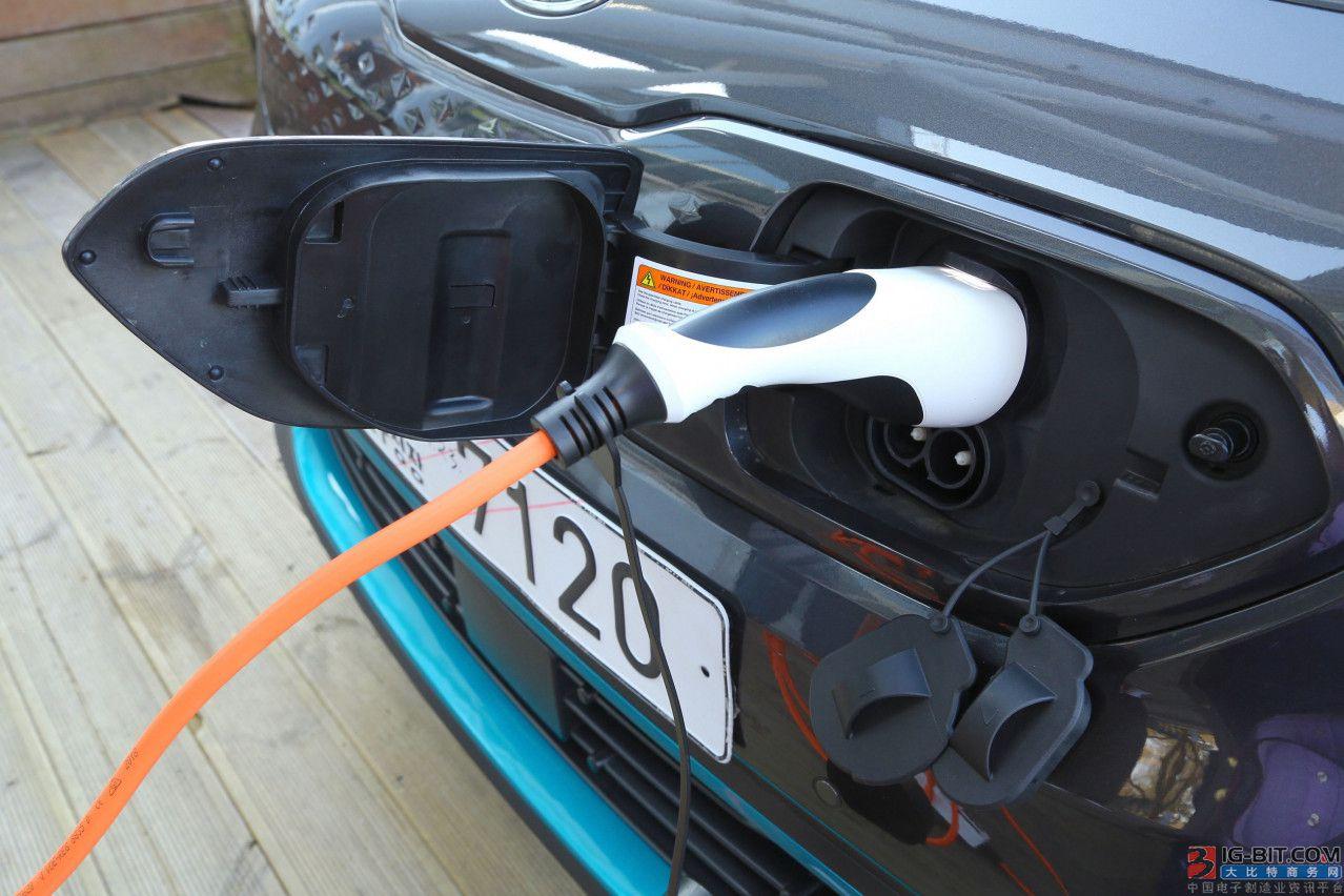 福特便携式移动充电法专利:组合多种充电器优化充电器使用
