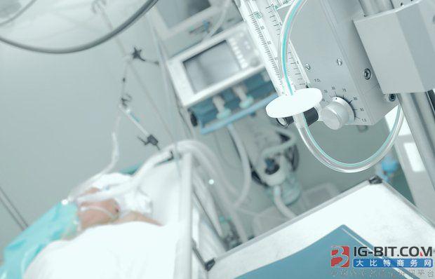 边收边捐!特朗普称赞中俄捐赠美国的医疗设备,同日承诺捐赠意大利1亿美元物资