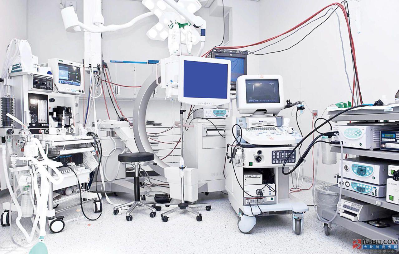 美国医院告知医护:说医疗设备不足将被开除