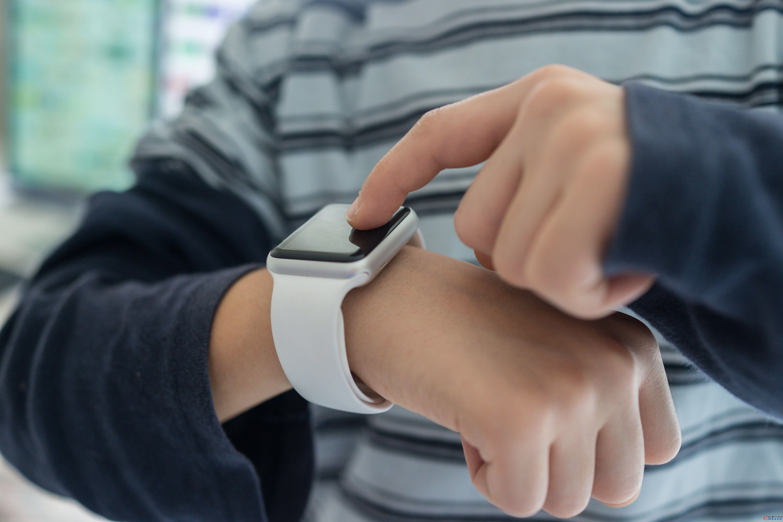 小米可穿戴设备全球出货量突破1亿 官宣将于4月3日上线全新产品