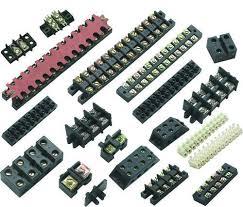 电气连接信号传输关键元件:连接器