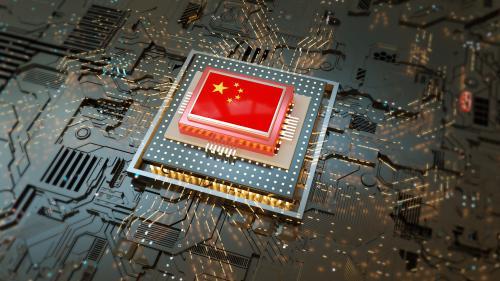 """半导体产业链遭受严重冲击,我的中国""""芯""""面临两难"""