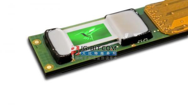 Plessey与CP点亮首个0.26英寸集成Micro LED显示模块