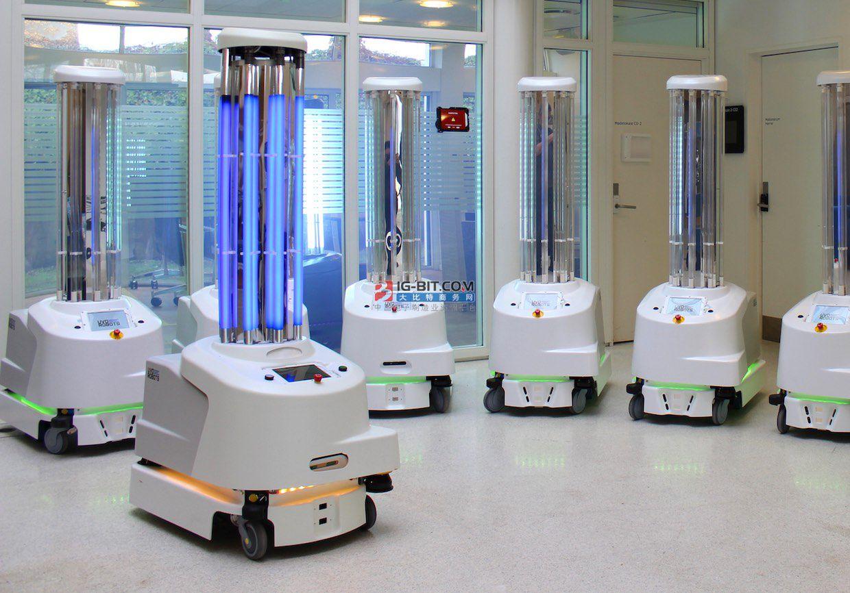 新加坡一个新消毒机器人案例!可实现高强度无死角消毒!