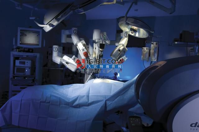 """""""與瘤共存""""3個月!達芬奇手術機器人為癌癥患者成功摘除腫瘤"""