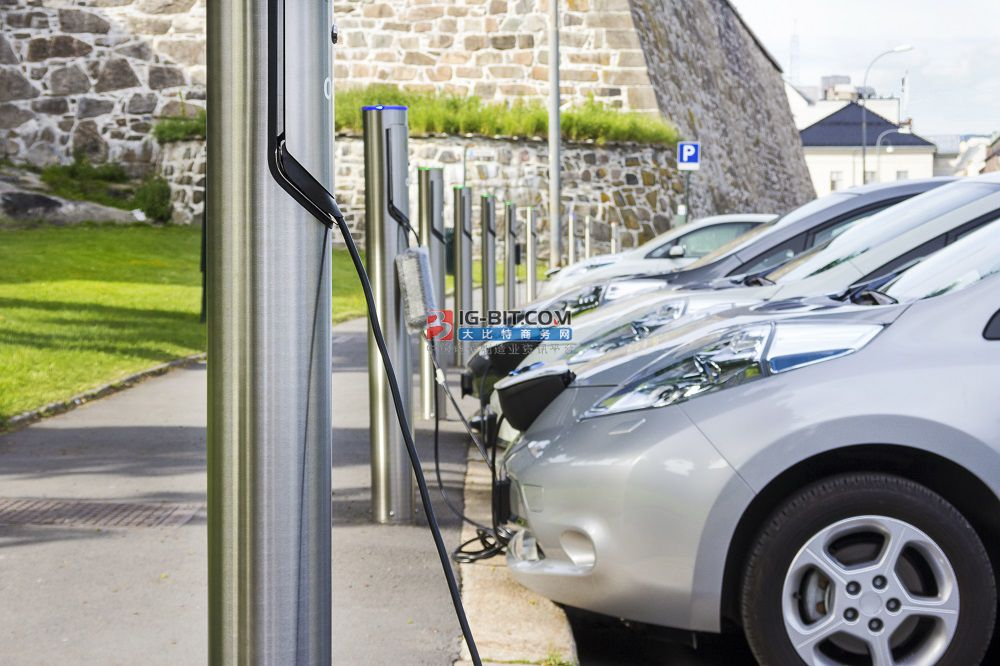 被新基建点燃的充电桩市场,真的是门好生意吗?