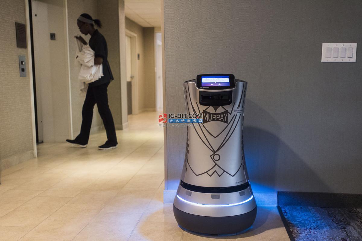 KT又出手了!与韩国现代机器人联手推出第二代AI酒店机器人Enbot